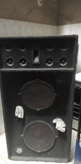 Sevende dos cajas parlantes