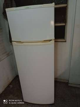 Heladera Con Freezer Eslabon De Lujo Erd35