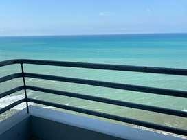 Alquilo departamento en Manta amoblado frente al mar