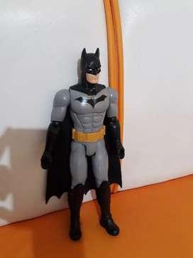 Vendo en super oferta figura original de hasbro Batman.