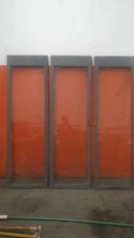 3 puertas con vidrio corredizas