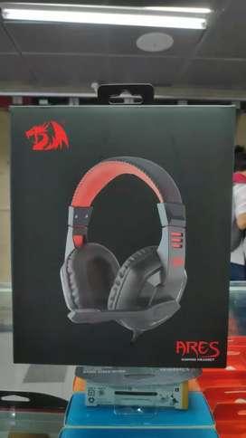 Auricular gamer Redragon Ares gaming headset