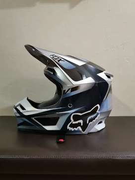 Casco Fox V1 2019