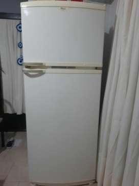 Vendo heladera completa o por separado los accesorios heladera whirlpool no frost