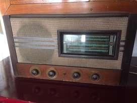 Radio Phillips modelo 1950