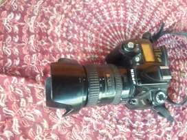 Nikon D90 con lente 18-200