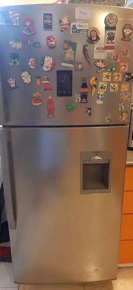 Refrigeradora samsung seminueva