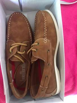 Finos zapatos italianos para hombre