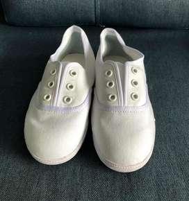 Zapatos Tipo Pisa Huevo Nuevos.