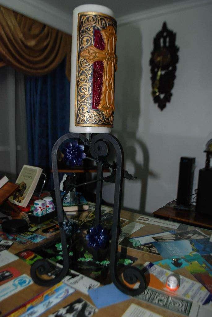 candelabro en hierro forjado y oleo 0