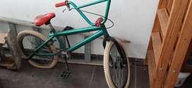 Vendo bici rodado 16 usada.