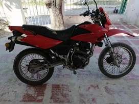 Vendo moto sigma se 150 en buen estado