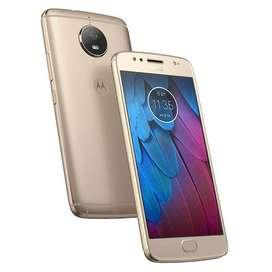 Celular Motorola G5s(2 meses de uso) Dorado