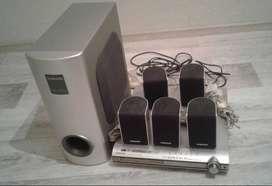 Un Teatro en casa Samsung HT-DS400 5.1 canales 400W Perfecto estado. Equipo Sonido. Amplificador.