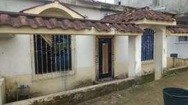 Se vende una hermosa Villa en cantón Quinsaloma barrio las Mercedes