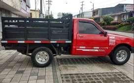 Camioneta LUV 1600 Doblada