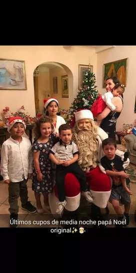 Papa Noel en persona visita tu hogar con traje exclusivo