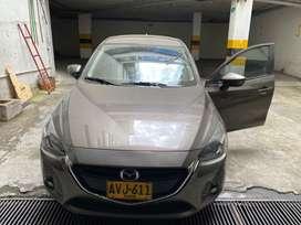Vendo Mazda 2 Touring