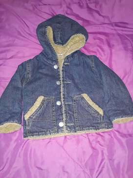 Campera jeans con corderito  talle 2 $600