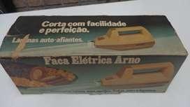 Cuchillo Eléctrico Arno Modelo Retro
