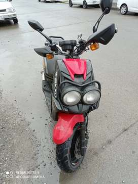 Se vende motoneta AXXO VIPER 150CC