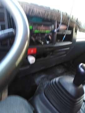 Vendo. Mi camion  buenas condiciones papeles en regla