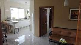 Alquilo linda suite amoblada en Kennedy Norte