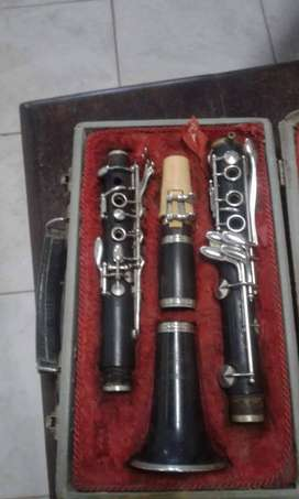 Clarinete Checoslovaco 27