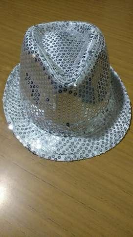 Sombrero con Lentejuelas Y Luces
