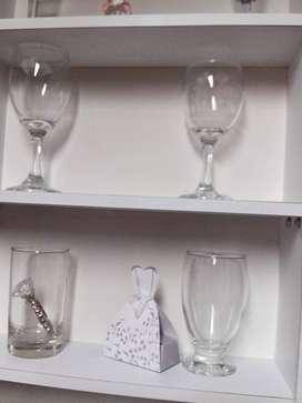 vendo copas y vasos con poco uso