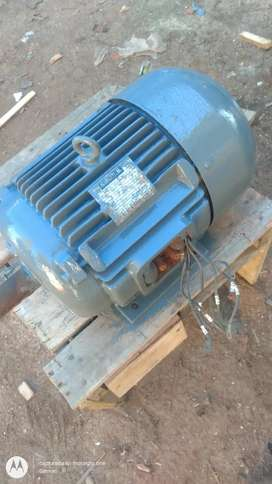 Motor trifásico 7,5 hp