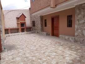 Casa En Venta Moderna A Estrenar  Cuenca Machangara