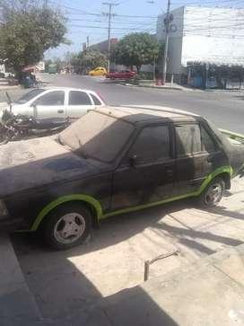 Vendo Renault 18 barato está en buen estado así como se ve
