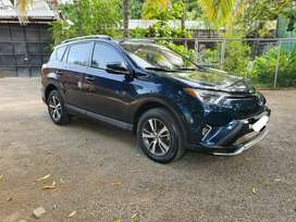 SE VENDE TOYOTA RAV4 NEGOCIABLE