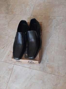 Vendo zapatos nuevos en cuero gangazo