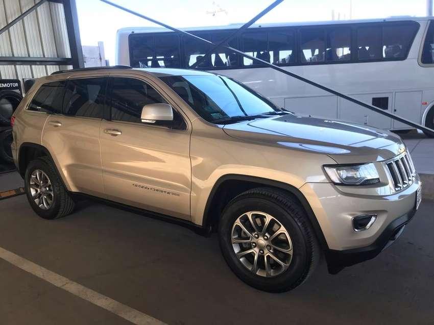 Vendo Jeep Grand Cherokee Laredo 4X2 0