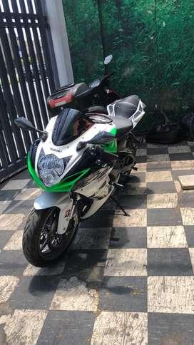 Moto Suzuki Gsxr600
