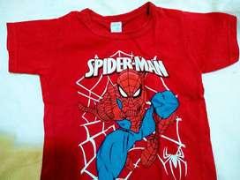 Remera spider man roja talle 6 años manga corta
