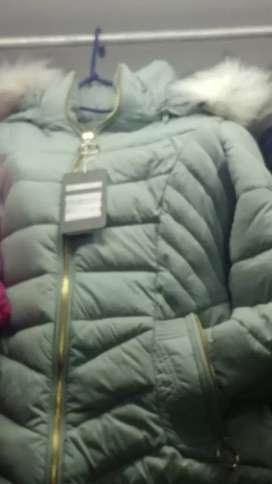 Distribuidora sonyluisleonard ventas al por mayor unid sacones para damas con capucha desmontable 3/4 color verde y vino