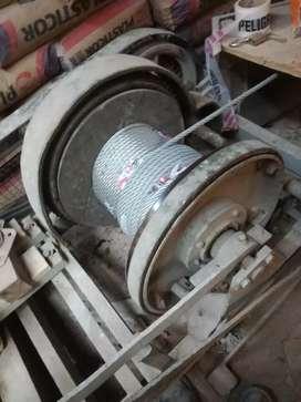 Soy canchero travajo en edifico manejo máquina guinche para suvis los materiales
