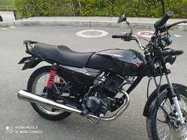 Se vende moto NKD 150