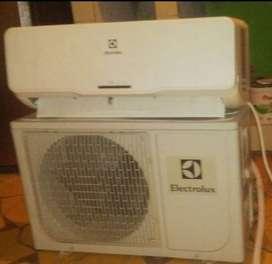 A la venta aire acondicionado de 9000 btu: marca (Electroux) 1 año de uso.