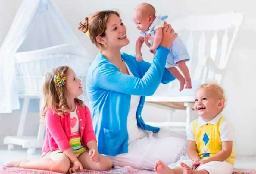 Cuidadora de babys 0