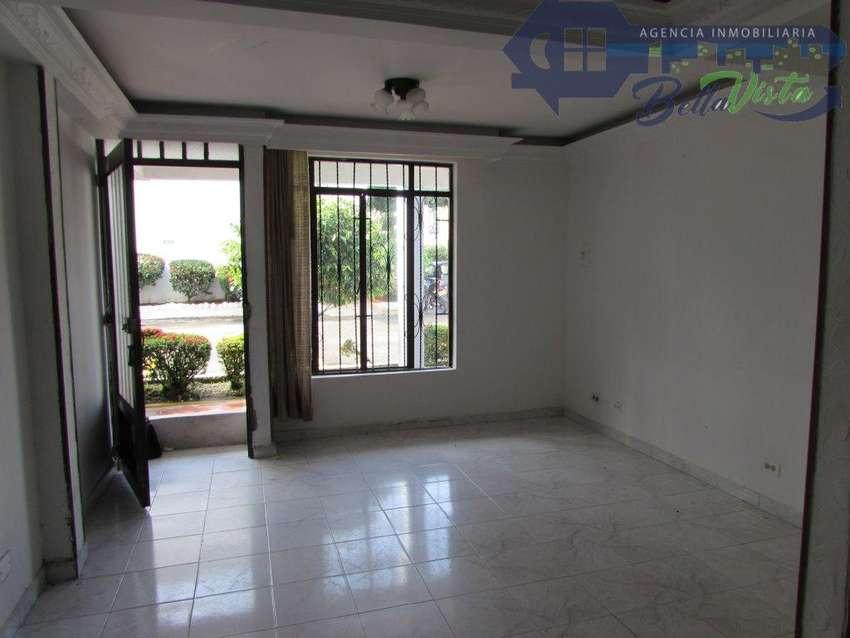 Casa en Conjunto en Villavicencio en Venta  - wasi_1321436 0