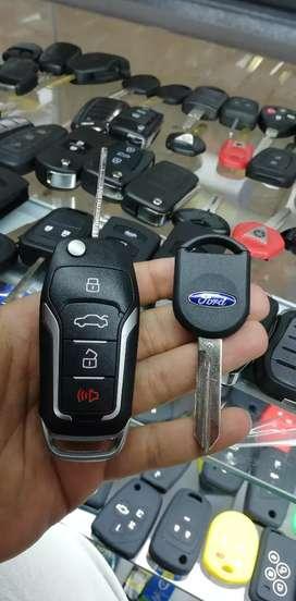 Duplicamos todo tipo de llaves con chip para carros