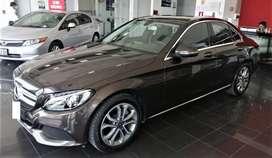 Mercedes Benz C180 Año 2018 Facturable cuero  electricos ECO  Aros 5,000kms Servicios Mercedes Benz US$.23,500