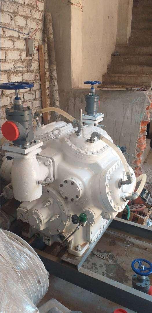 Compresor MYCOM 8WB para hielo 0