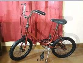 Bicicleta rodado 16. Plegable. Tipo Aurorita. Pintada a fuego.