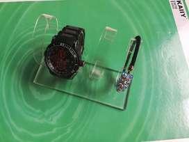 Exhibidor de Relojes 4 servicios y 2 de Cosméticos, 3 unidades.