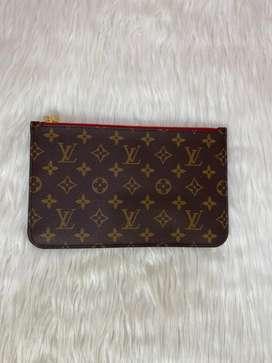 Cosmetiquera Louis Vuitton